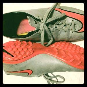 EUC Nike Mercurial Cleats